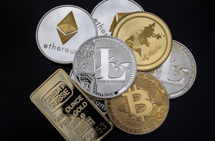 Cryptocurrency and gold